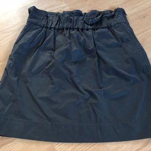 Banana republic women's gray skirt size 6